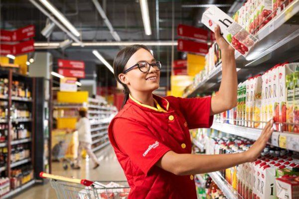Как устроится на работу в магазин Магнит: где найти вакансии, контакты отдела кадров